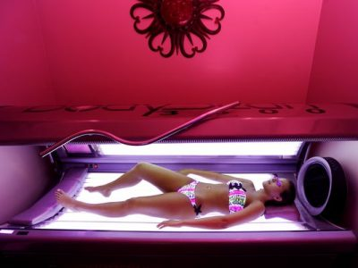 girl in tanning bed